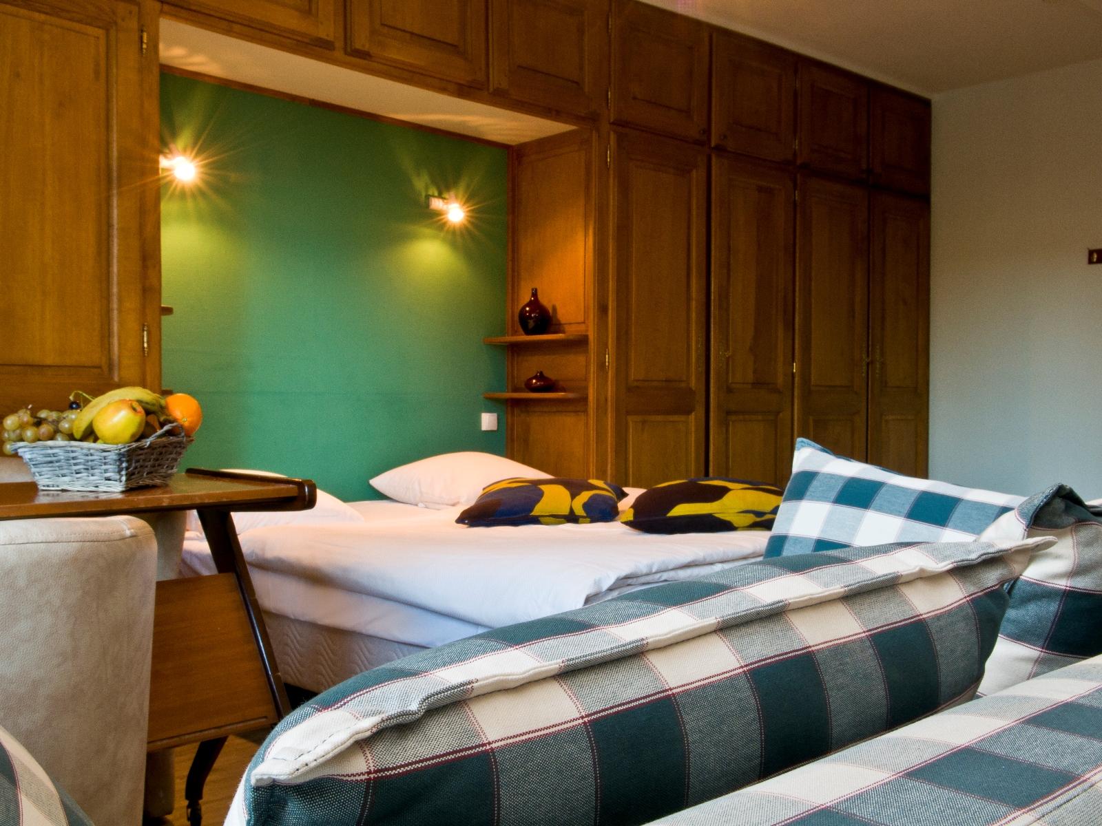 cocoon-hotel-grenier-des-grottes thumbnail