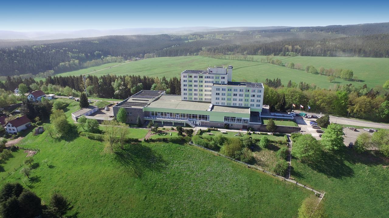 ferien-hotel-rennsteigblick thumbnail