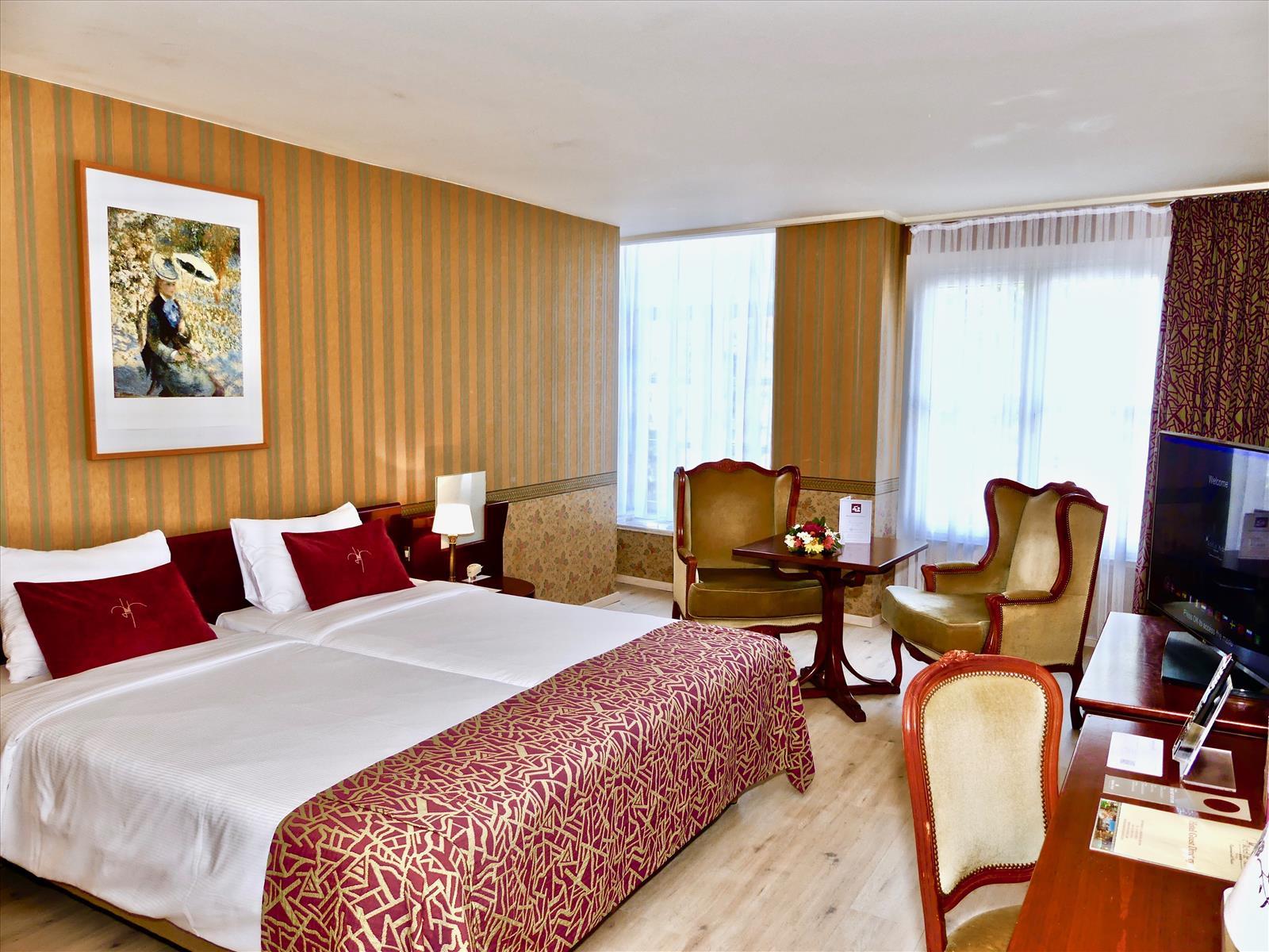 golden-tulip-hotel-de-medici thumbnail