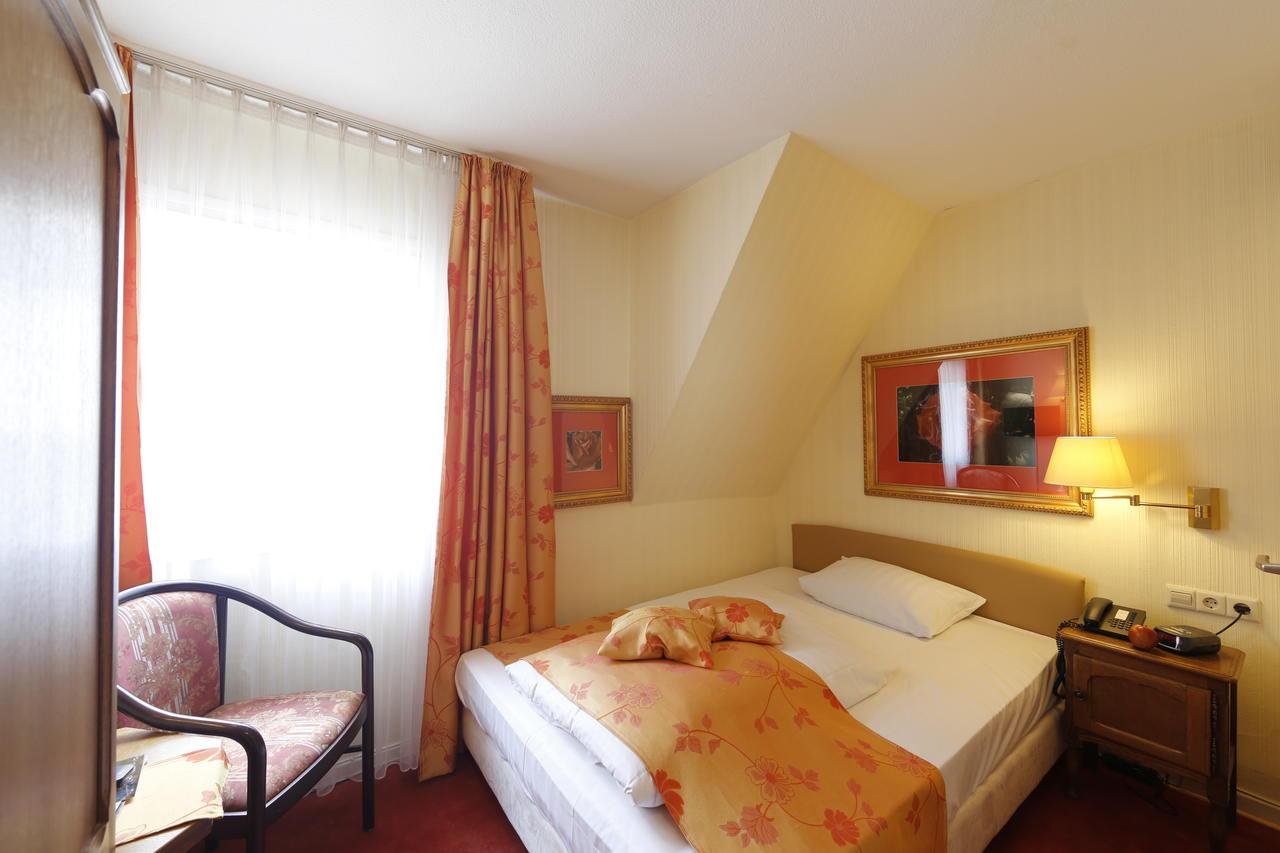 hotel-karl-noss thumbnail