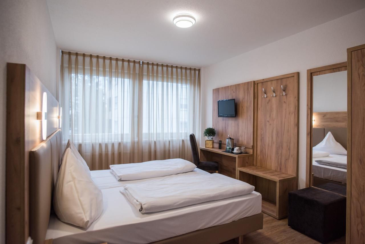 hotel-leo thumbnail