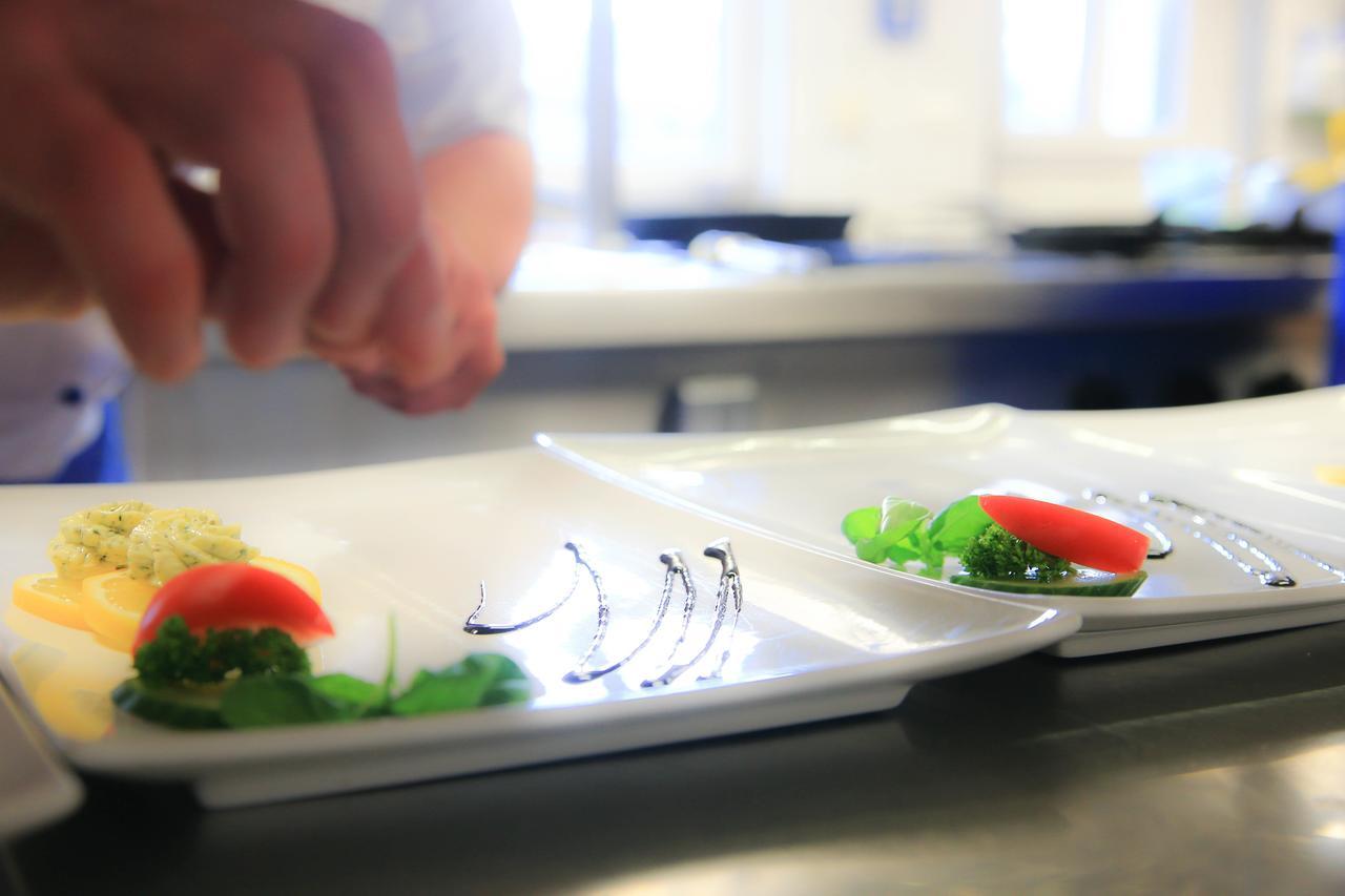 hotel-restaurant-schworer thumbnail