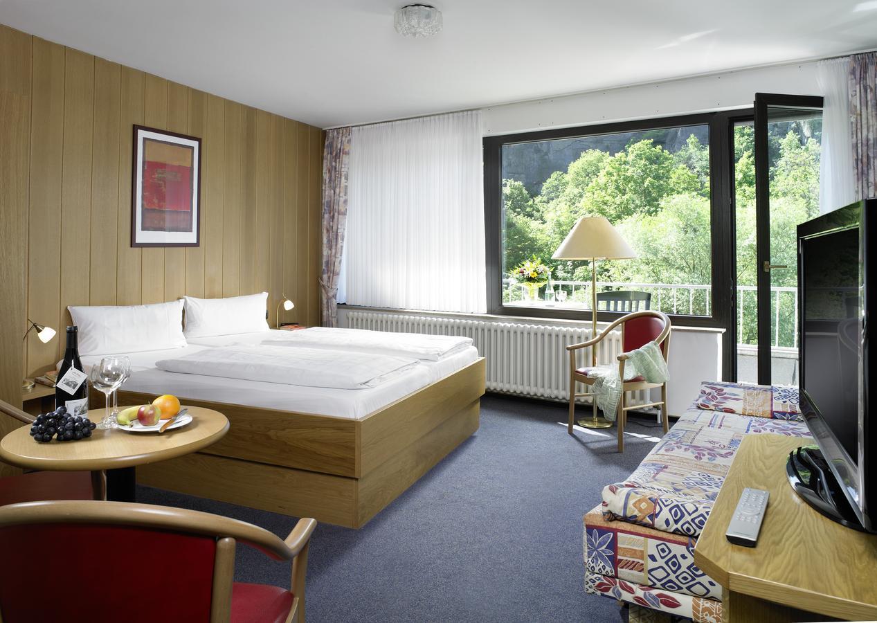 hotel-zur-post-altenahr thumbnail