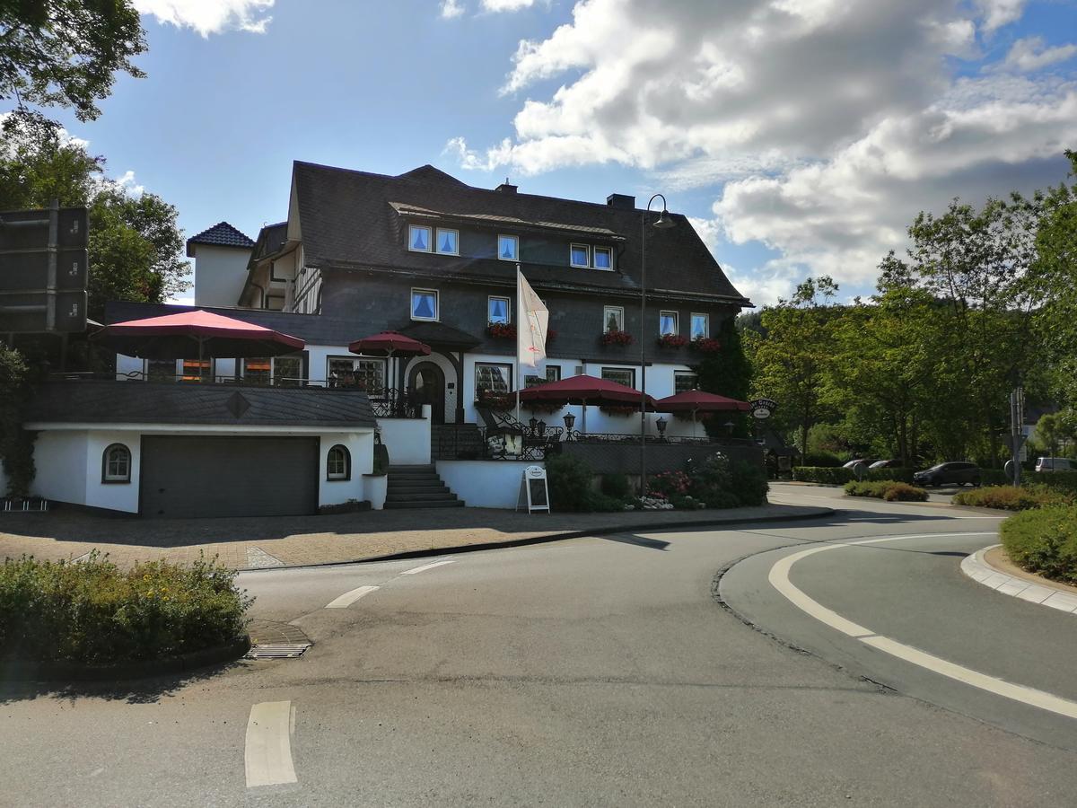 land-gut-hotel-zur-brucke thumbnail