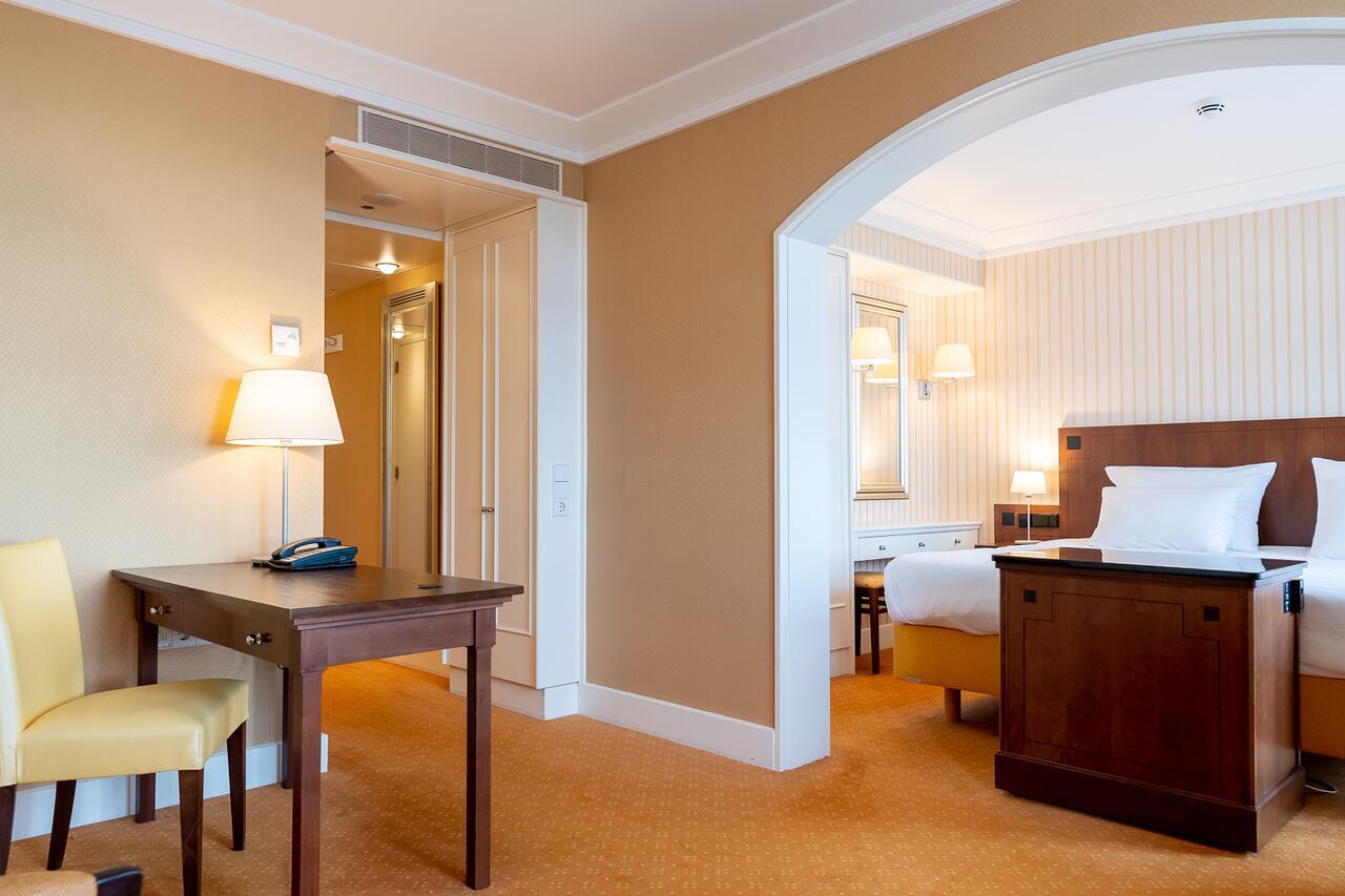 radisson-blu-palace-hotel-noordwijk thumbnail