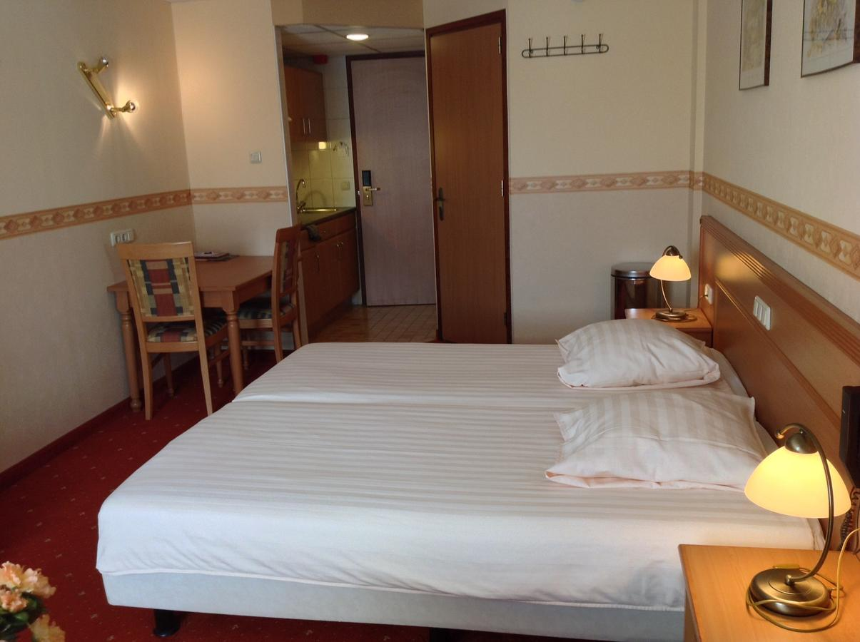 suydersee-hotel thumbnail