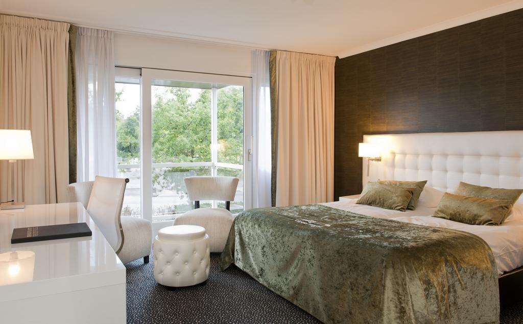 Van Der Valk Hotel Den Haag Voorschoten In Voorschoten