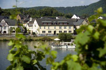 Winzerhotel zum Moselstrand